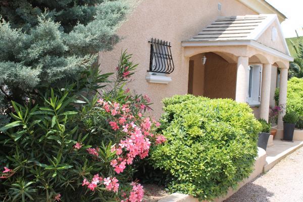 Réception et Accueil - Location de vacances - Sisco