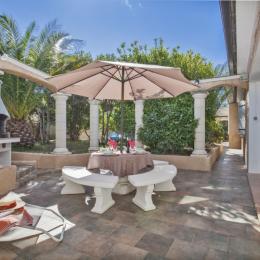 Terrasse Barbecue Coin repas et Espace de détente - Location de vacances - Sisco