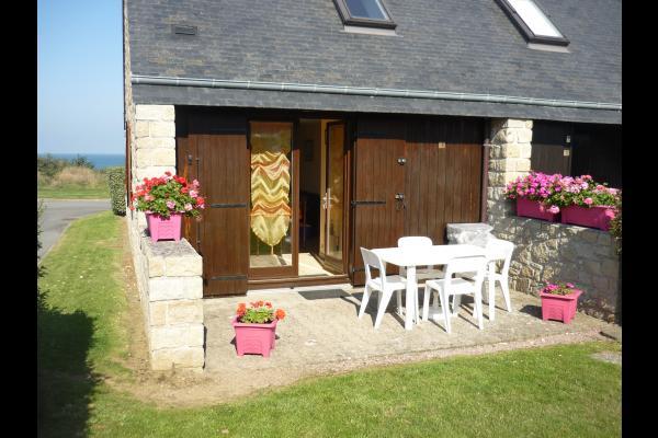 Terrasse avec barbecue - Location de vacances - Pléneuf-Val-André
