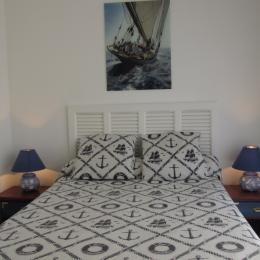 Chambre au rdc avec accès jardin - Location de vacances - Erquy