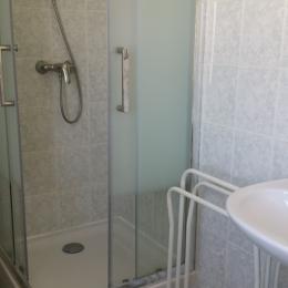 salle d'eau  - Location de vacances - Saint-Brieuc