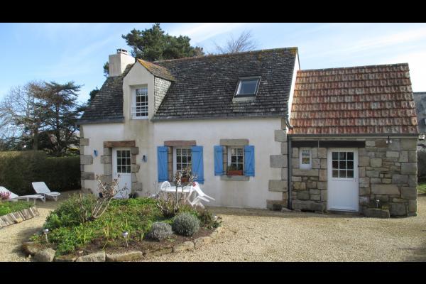 Perennes, location, Trégastel, vue extérieure - Location de vacances - Trégastel