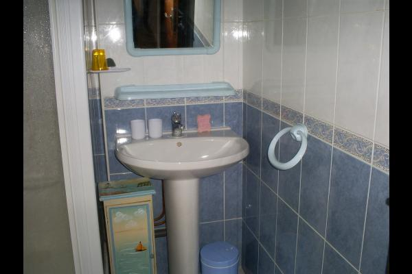 Salle de bain  - Chambre d'hôtes - Sévignac