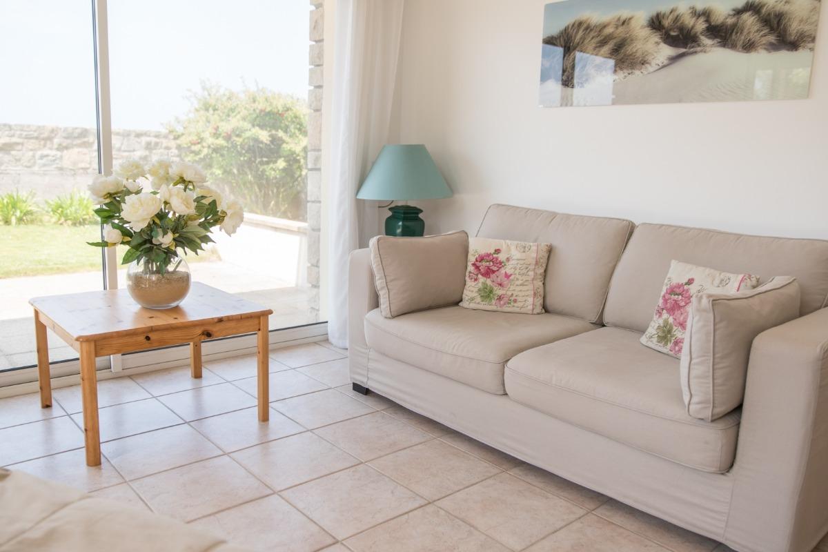 Salon avec couchage - Location de vacances - Erquy