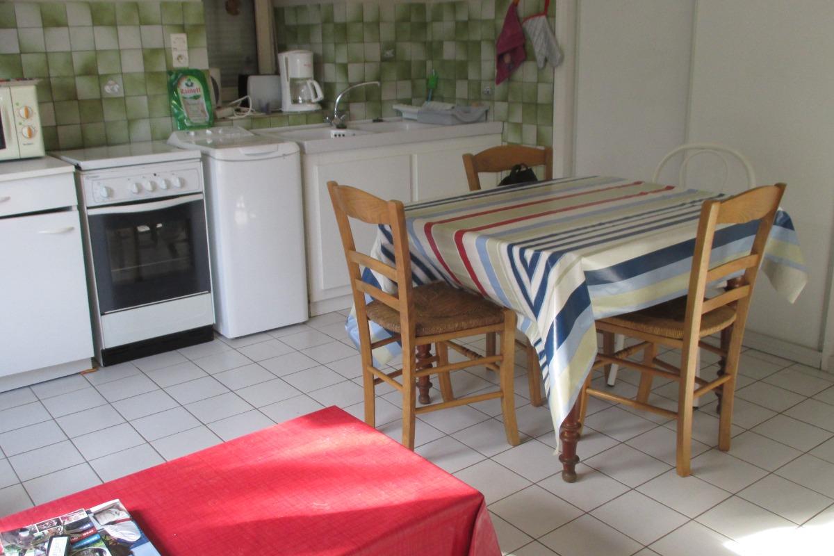 Espace séjour salon  - Location de vacances - Ploubazlanec