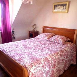 chambre lit 140 cm - Location de vacances - Ploubazlanec