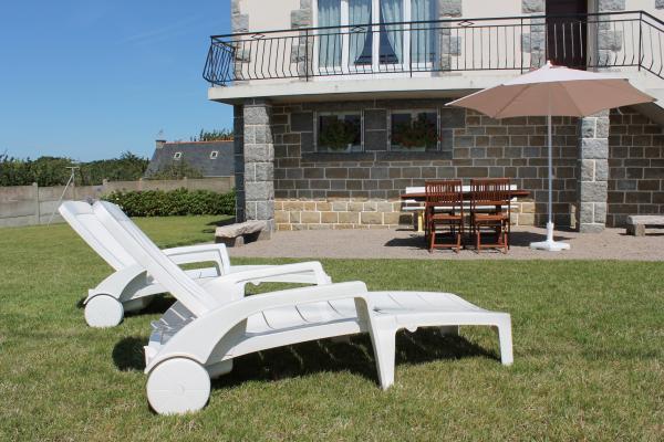 transats à disposition / jardin clos - Location de vacances - Erquy