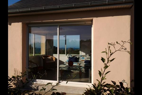 LE MARREC Location Trélevern vue mer depuis l'espace salon - Location de vacances - Trélévern