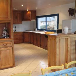 LASBLEIZ Location Plougrescant - espace cuisine - Location de vacances - Plougrescant