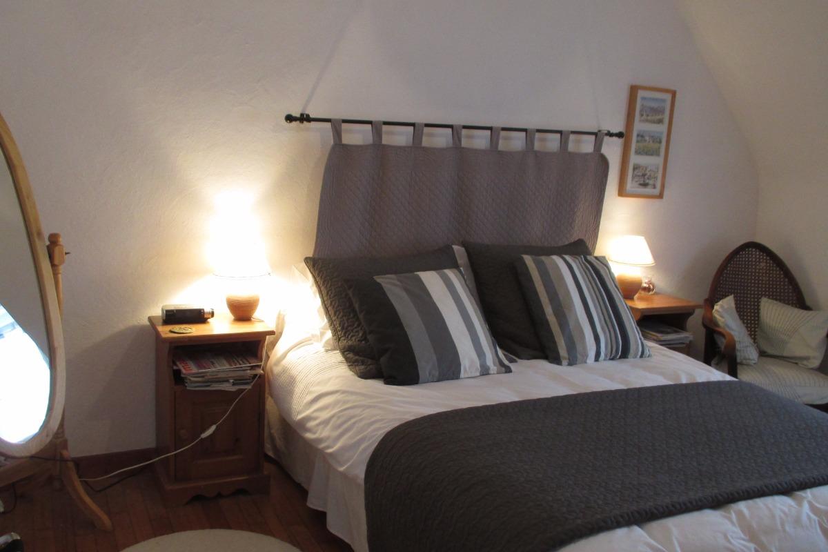 e5a7b097778 La chambre indépendante avec un lit de 140 - Chambre d hôtes - Plestin-