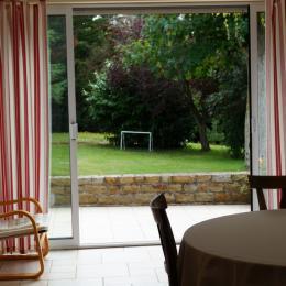 Terrasse et matériel de jardin. - Location de vacances - Binic
