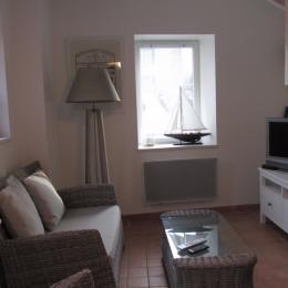 Salon grand confort à la décoration bord de mer - Location de vacances - Saint-Quay-Portrieux