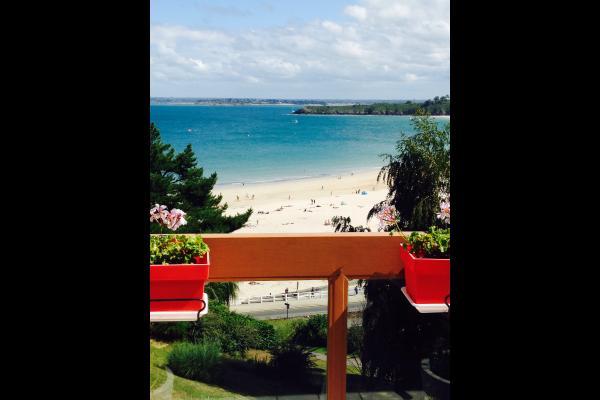Grande Plage vue de la terrasse sud-est  soleil jusqu'à 17h - Location de vacances - Saint-Cast-le-Guildo