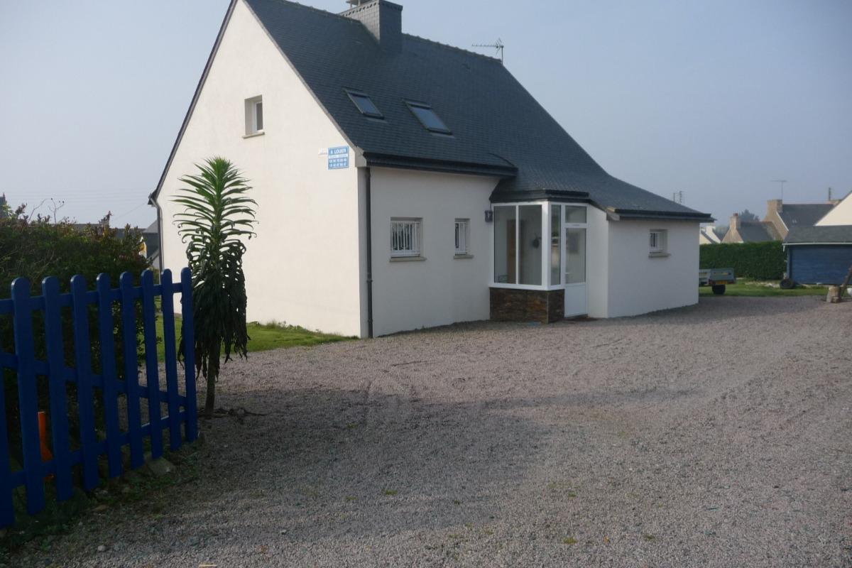 un salon très confortable où vous pourrez vous reposer  - Location de vacances - Ploubazlanec