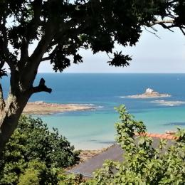 Vue du jardin - Location de vacances - Trélévern