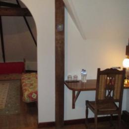 Thiebaut, chambre hôtes familiale, 2ème chambre, accès salon - Chambre d'hôtes - Plougrescant