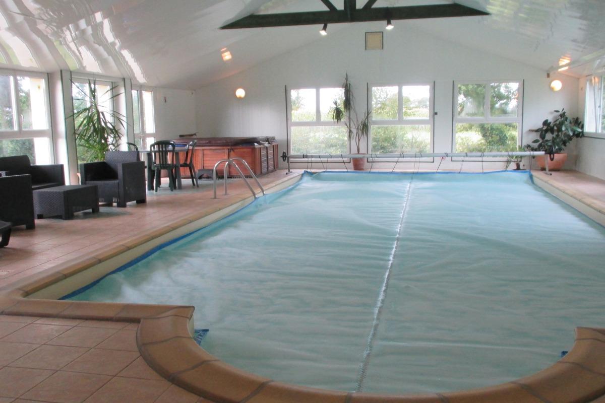 Location Yvias, Menguy, piscine couverte avec jacuzzi et sauna - Location de vacances - Yvias