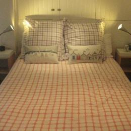 Chambre/Bedroom - Chambre d'hôtes - Ploubazlanec