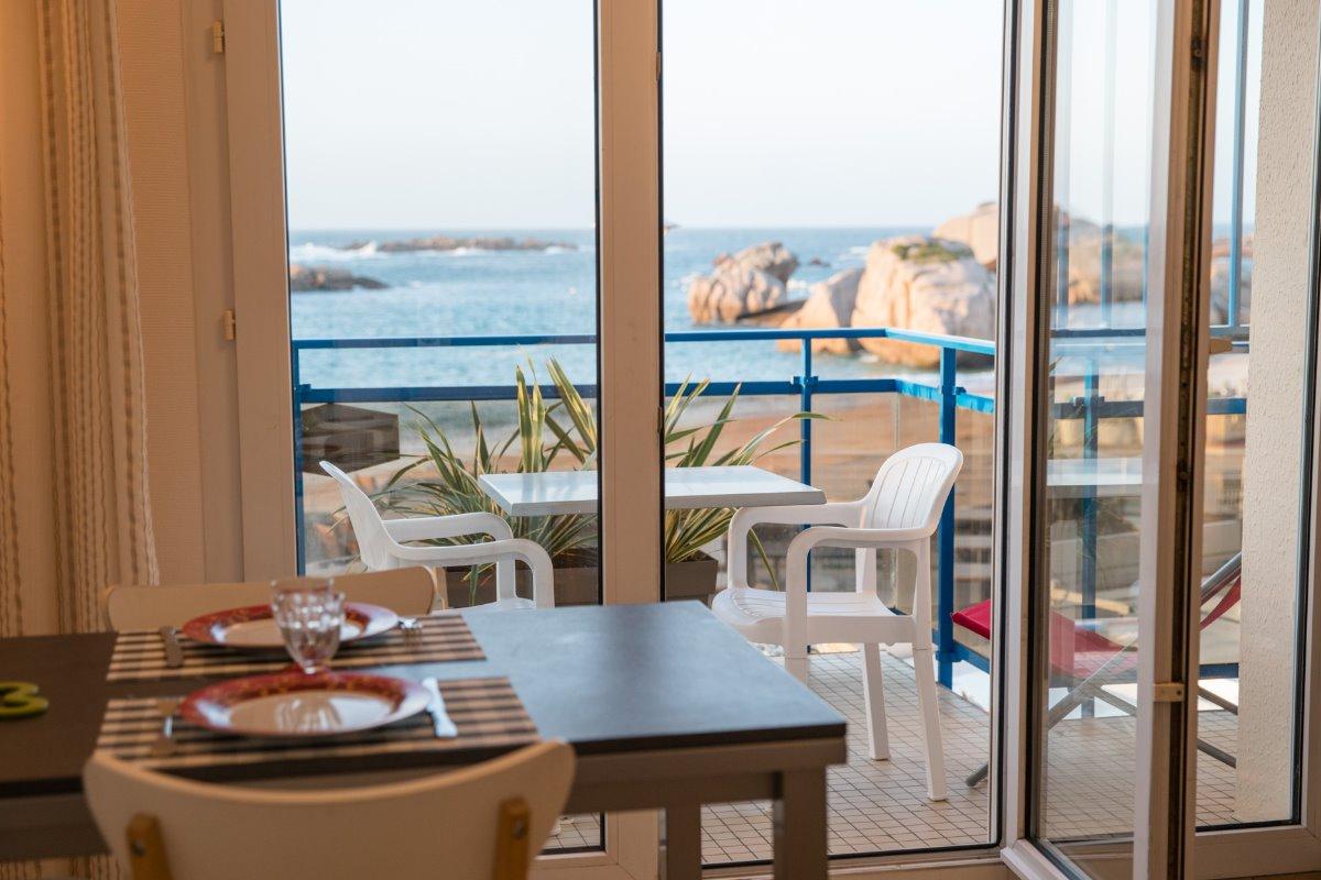 terrasse vue mer - Location de vacances - Trégastel