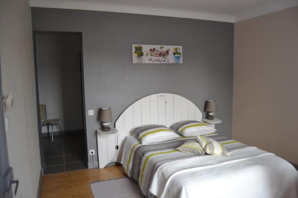 """chambre d'hôtes zen (rdc) """"chez laure et françois"""", à proximité"""