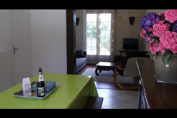 Salle à manger/salon - Location de vacances - Plourivo