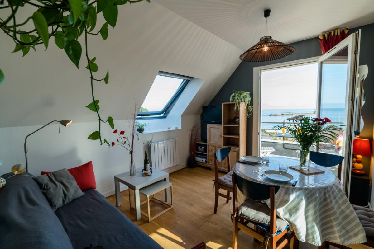 Appartement n°24, le balcon et sa vue mer et plage de Trestel  - Location de vacances - Trévou-Tréguignec