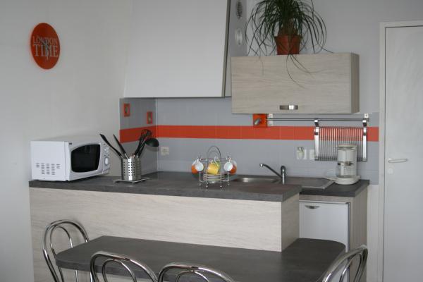 CORFEC location Trévou-Tréguignec Séjour-cuisine - Location de vacances - Trévou-Tréguignec