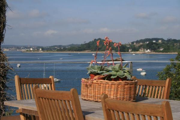 Terrace View of Baie de Paimpol - Chambre d'hôtes - Ploubazlanec