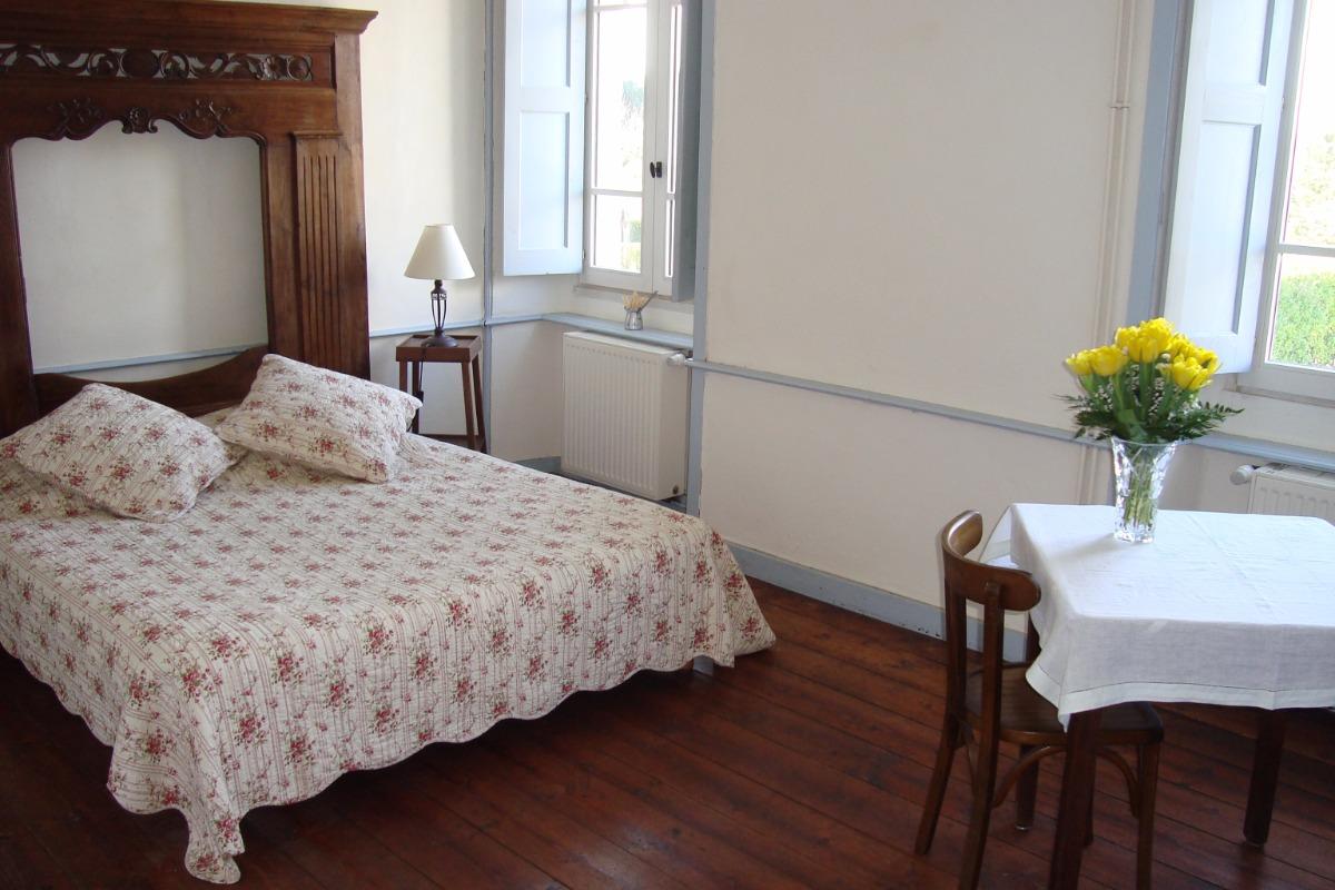 un grand lit double : 160x200 - Chambre d'hôtes - Paimpol