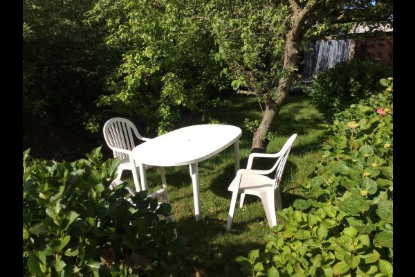 Bains de soleil au calme du jardin - Location de vacances - Plougrescant