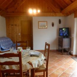 BUIN Gite Le Four Plestin-les-Grèves séjour salon cuisine - Location de vacances - Plestin-les-Grèves