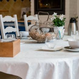 Au Jardin d'Héloïse, Petit-déjeuner - Chambre d'hôtes - Tréméreuc