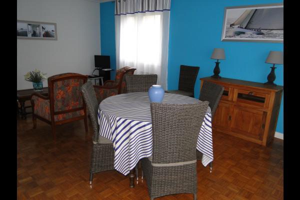 LE BONNIEC location Gîte de marin Paimpol - séjour-salon - Location de vacances - Paimpol