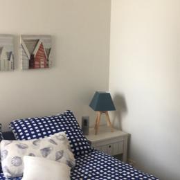 Location - Saint-Cast-le-Guildo - Chambre 2 lits jumeaux (+ 1 lit appoint gigogne) - Location de vacances - Saint-Cast-le-Guildo