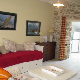 Location LE MOIGNE Lannion Servel Beg Leguer - salon-séjour - Location de vacances - Lannion