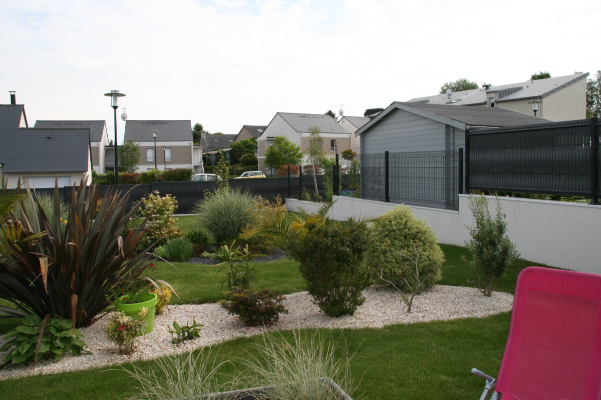 jardin paysagé de 500 m2 - Location de vacances - Ploubalay