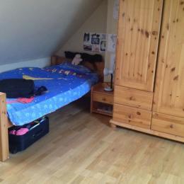 Chambre à l'étage - Location de vacances - Plougrescant