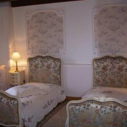 Chambre Louis XV - Chambre d'hôtes - Plourivo
