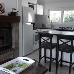 Location Trévou-Tréguignec, Trestel, Grall, séjour, salon, cuisine - Location de vacances - Trévou-Tréguignec