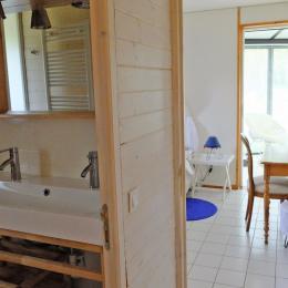 La salle d'eau de la suite Thé - Location de vacances - Plélan-le-Petit