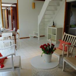 Le salon-salle à manger - Location de vacances - Plélan-le-Petit