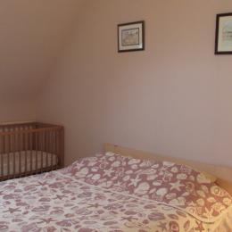 Location Trédrez-Locquémeau, chambre avec 2 lits simples superposés - Location de vacances - Trédrez-Locquémeau