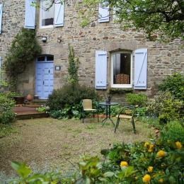 salon blibliothèque - Chambre d'hôtes - Broons