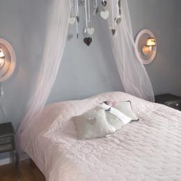 Chambre coeur, 1er étage avec lit de 140 - Chambre d'hôtes - Paimpol