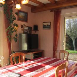 Séjour-salon baie vitrée - Chambre d'hôtes - Lamballe