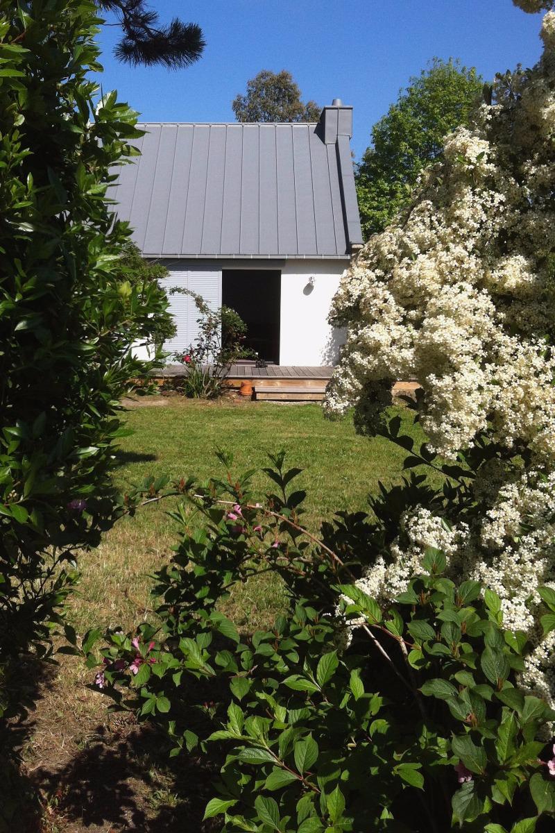 Maison et jardin fleuri - Location de vacances - Lancieux
