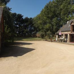 Le Gîte et la cour  - Location de vacances - Trévou-Tréguignec