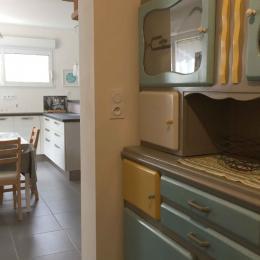 Vue cuisine et ilot - Location de vacances - Erquy
