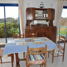 chambre 1 : lit 140 - Location de vacances - Plouguiel