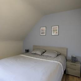 Location Langoat, Chambre étage droite, lit de 160 - Location de vacances - Langoat